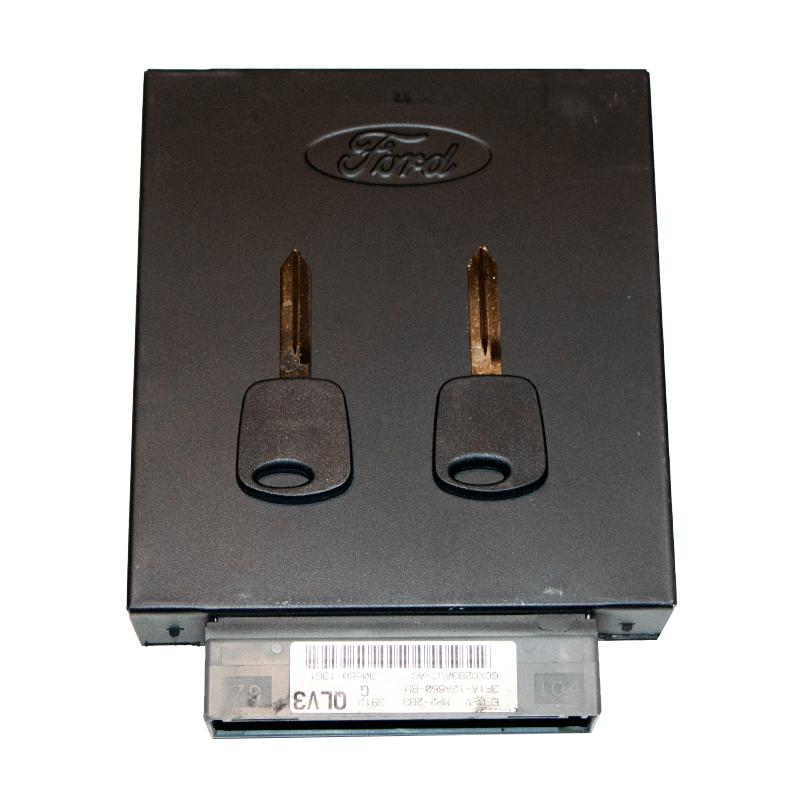 2001 Ford Focus PCM ECM Engine Computer with Keys